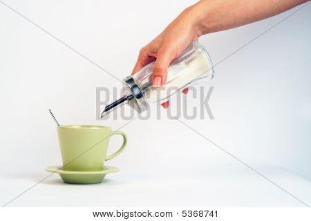 Pour Sugar To Coffee