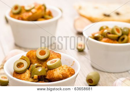 Green Olives And Roasted Chicken