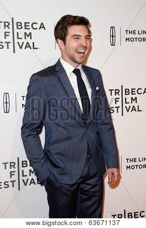 NEW YORK-APR 20: Actor Roberto Aguire attends the