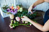 pic of carnations  - Florist at work - JPG