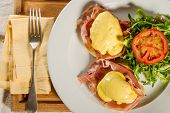 pic of benediction  - Eggs Benedict breakfast - JPG