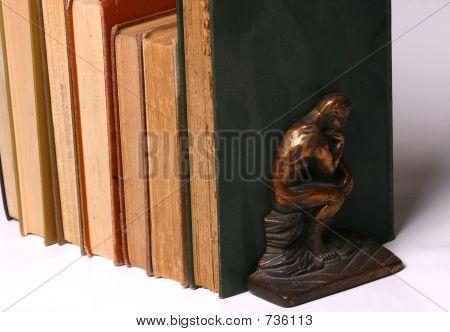 Der Denker und Bücher