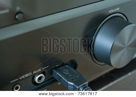 Av-receiver With Usb Cable Inserted