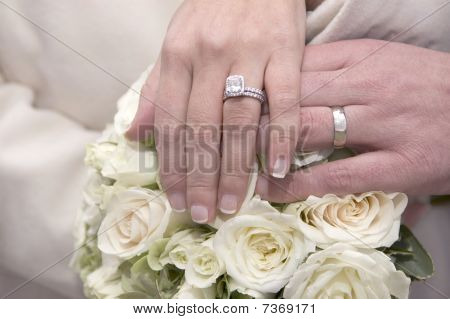 Wedding rings, Bouquet