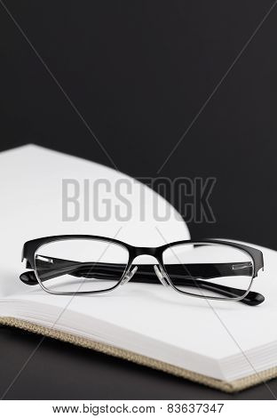 Modern Black Eyeglasses