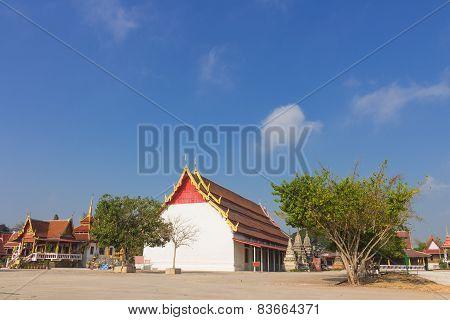 place of worship at Wat pikul Sokan
