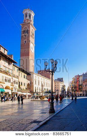 Piazza Delle Erbe, Verona