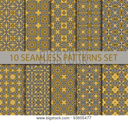 Set of royal seamless patterns in oriental style