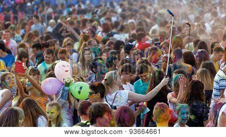 Colorfest - Festival Of Paints