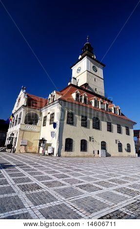 des Rates Square von Brasov, in Siebenbürgen, Rumänien