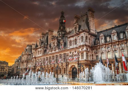 Paris City Hall (hotel De Ville)
