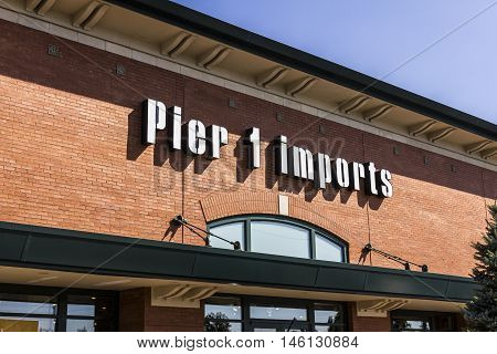 Indianapolis - Circa September 2016: Pier 1 Imports Retail Strip Mall Location. Pier 1 Imports Home Furnishings and Decor I