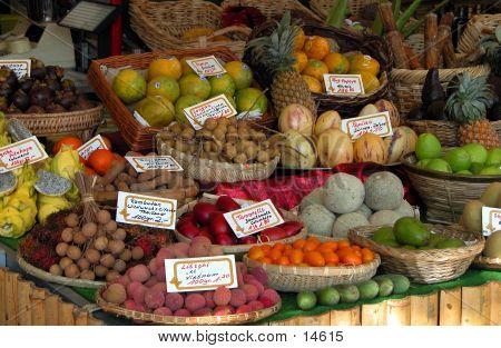 Exotische Früchte-Stand