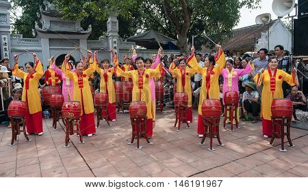 HAI DUONG, Vietnam, September 8, 2016 women, participation, drumming, carnival Con Son, Kiep Bac, Hai Duong province. anniversary of the death of the general Tran Hung Dao