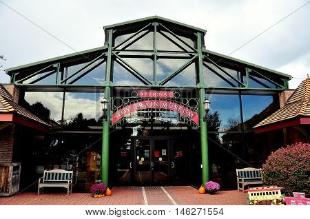 Ronks Pennsylvania - October 18 2015: Entrance facade of the National Toy Train Museum