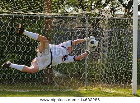 Fußball Fußball Torhüter machen Tauchen speichern