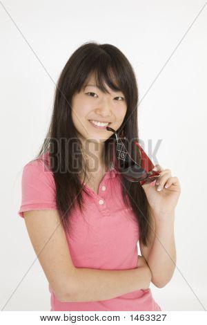 382 Adolescente asiático