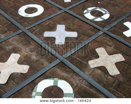 Game - Naughts And Crosses