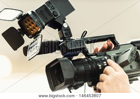 Portable Tv Camera With Light