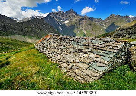ancient alpien architecture, stone masonry roof in Aosta Valley