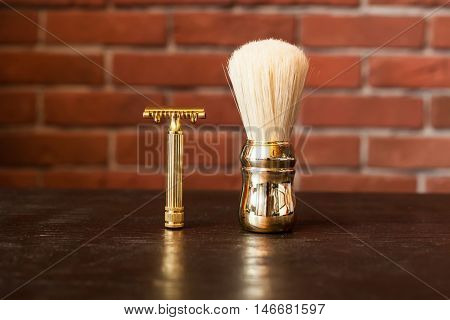Machine for shaving and brush on the table
