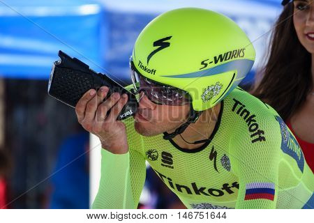 JAVEA - SEPTEMBER 9: Alberto Contador drinks water before the start of the decisive time trial stage of La Vuelta on September 9, 2016 in Alicante, Spain