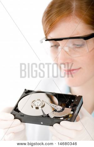 Female Computer Engineer - It Woman Repair Hard Disc