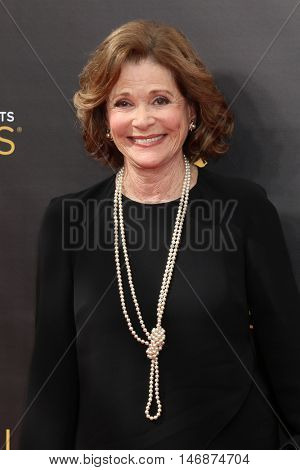 LOS ANGELES - SEP 11:  Jessica Walter at the 2016 Primetime Creative Emmy Awards - Day 2 - Arrivals at the Microsoft Theater on September 11, 2016 in Los Angeles, CA