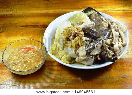 steamed snake head fish with mushroom and slice ginger dipping spicy soy bean sauce