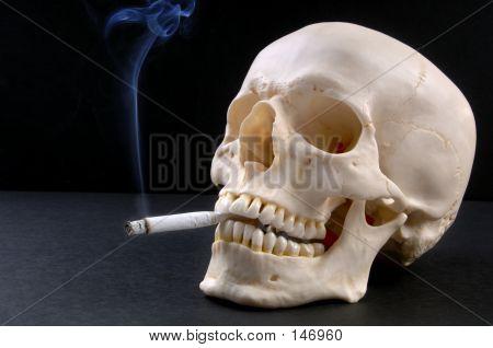 Cráneo de fumador