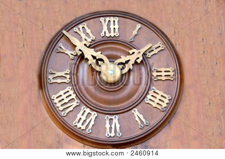 Clock Face In Roman Numerals