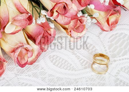 wedding bands with bunch of roses