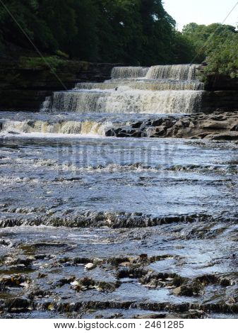 Aysgarth Waterfalls