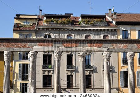 san lorenzo arcade, milan