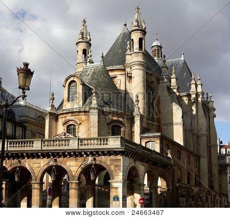 Protestant Church, Groupes De Jeunes De L'oratoire Du Louvre, France Paris