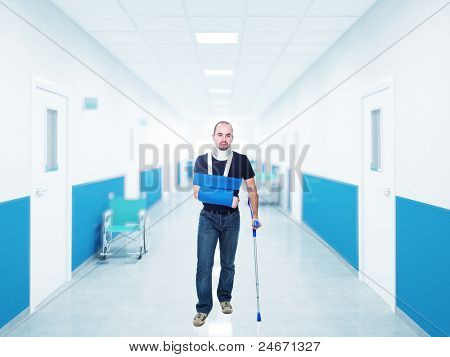 portrait of caucasian injured man in hospital