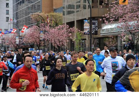 Vancouver Sun Run Participants - Yellow Group