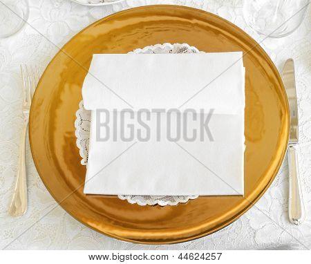 Golden Plate In Wedding Catering