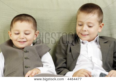 Funny Reading Brothers