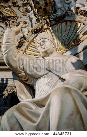 Statue Of Pope Leo X By Bandinelli