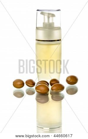 Bottle With Dispenser Of Argan Oil