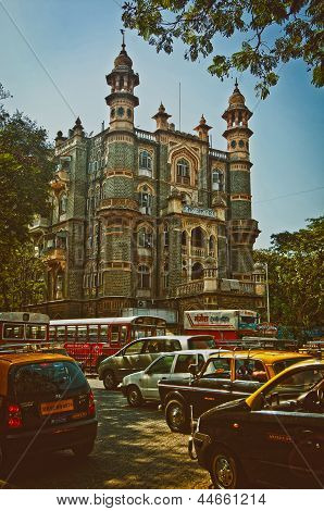 Street with victorian building in Colaba, Mumbai