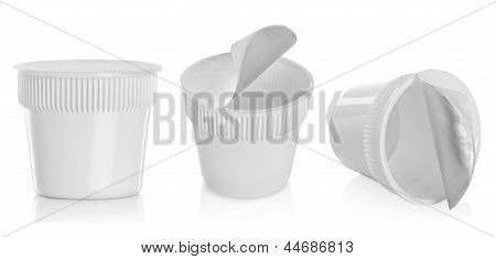 Food Plastic Container , Dessert, Yogurt, Ice-cream, Sour Cream Or Noodle