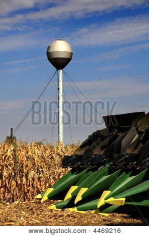 The Tractor - Modern Farm Equipment