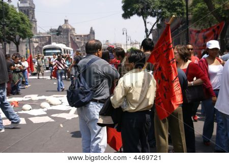 Mexico City - Sep 4, 2008 -  Protesters With Red Flags,