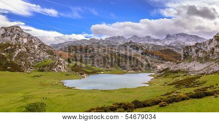 Ercina Lake from La Picota