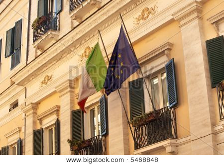 Ec Italy Flags Building Windows Close Up Via Del Balbuno Roman Street Rome Italy