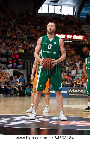 VALENCIA - MAY, 1: Foul shot of Veremeenko during a Eurocup Finals match between Valencia Basket Club and Unics Kazan at the Fonteta Stadium on May 1, 2014 in Valencia, Spain