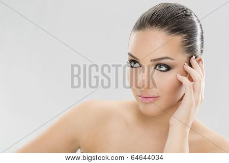 Beauty ans sensual woman face