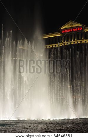 Night Fountain In Front Of  Caesar's Palace On The Vegas Strip In Las Vegas